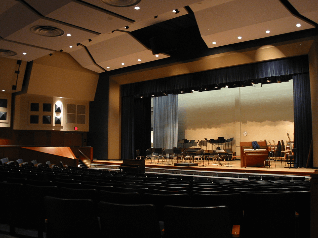 Sequoya_MiddleSchool_Auditorium
